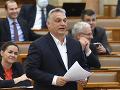 KORONAVÍRUS Orbánova vláda zavádza parkovanie zdarma, aby ľudia necestovali MHD