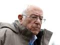 Američania upriamili pozornosť na prezidentských kandidátov: Bernie Sanders odstúpil zo súboja