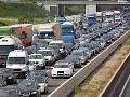 KORONAVÍRUS Veľkonočná panika! Deň pred spustením opatrení ušli z Bratislavy tisíce ľudí, šokujúce čísla