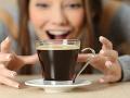 VIDEO Ak milujete kávu, toto radšej nečítajte: Nechutné odhalenie o tom, čo sa v nej nachádza