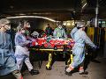 KORONAVÍRUS Francúzsko hlási 635 nových obetí, počet pacientov na JIS-kách opäť poklesol