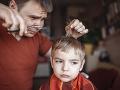 Vlasy v čase KORONAVÍRUSU: Strihať či nestrihať? Pozor, z tohto môžete mať poriadny stres