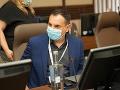 KORONAVÍRUS Poslanci OĽANO vyzvali Rómov aj imobilných občanov, aby sa dali zaočkovať