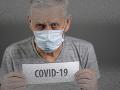 Senior v domove dôchodcov v USA oslávil 107. narodeniny a víťazstvo nad ochorením COVID-19
