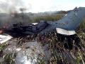 Smutné FOTO havárie vojenského lietadla v Bolívii: Stroj prevážal repatriantov, zahynulo šesť ľudí