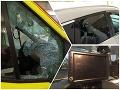 Bezohľadnosť v čase pandémie, zlodeji vyčíňali v Bratislave: Poškodili sanitku, ukradli dôležitú vec