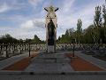 Koronavírus znemožnil veľké oslavy v Česku: Pamiatka konca vojny prebehla aj bez veteránov