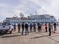 KORONAVÍRUS Pasažieri sa dočkali! Loď Greg Mortimer dostala povolenie vylodiť sa