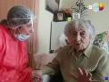 Fantastická správa! COVID-19 porazila najstaršia Španielka: VIDEO Babička sa vyliečila sama