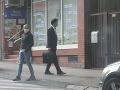 PIATOK 15.MÁJ 17:35 - Šeliga kráča z parlamentu smerom k bydlisku Žitňanskej