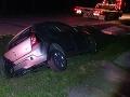 Opitý vodič si sadol za volant: FOTO Nezvládol jazdu a skončil v priekope