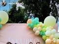 Dominika Cibulková synčeka privítala v kruhu svojich priateľov.