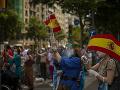 KORONAVÍRUS Tisíce ľudí sa v Španielsku zúčastnili na protestoch proti vládnym opatreniam