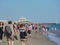 FOTO Šialenstvo v Taliansku: Ľudia zaplavili pláže aj bary, tučné pokuty za toto správanie