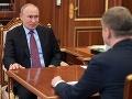 Putin sa po dlhšom čase vrátil do Kremľa, niektoré regióny očakávajú zmiernenie opatrení