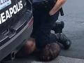 Brutálne zatýkanie: V Minneapolise pokračovali demonštrácie proti policajnému násiliu