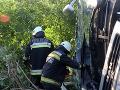 Zrážka dodávky s nákladným vozidlom v Maďarsku: Päť ľudí prišlo o život