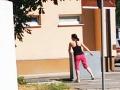 Cigániková to robila priamo na ulici! Prichytená pri čine, VIDEO jej tréningu na blížiacu sa svadbu