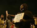 Obrovské protesty v Minneapolise neutíchajú: Guvernér musel povolať Národnú gardu