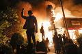Peklo v USA! Násilie v uliciach, armáda aj streľba: ZÁBERY, z ktorých tuhne krv v žilách