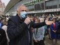 V Bielorusku zadržali aktivistov opozície vrátane politika Mikalaja Statkeviča