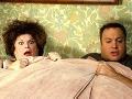 Mary Pat Gleason vo filme Keď si Chuck bral Larryho.