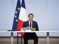Macron sa na budúci týždeň v Londýne stretne s princom Charlesom