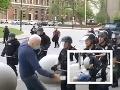 Seniora z VIDEA zrazili k zemi: Teraz tvrdia, že si len robili svoju prácu, v útvare začala vzbura!