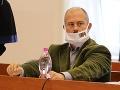 Marian Kotleba na súdnom pojednávaní, kde bol obžalovaný