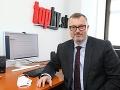 Pýtajte sa: Minister práce Milan Krajniak JE ONLINE