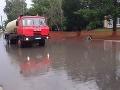 Hasiči majú plné ruky práce: FOTO Nepriaznivé počasie si doposiaľ vyžiadalo 80 výjazdov