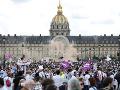 FOTO Francúzski zdravotníci vyšli do ulíc: Žiadali lepšie platové a pracovné podmienky