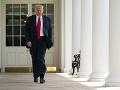 FOTO Tlak verejnosti pomohol: Prezident Trump podpísal dekrét o policajnej reforme