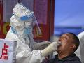 KORONAVÍRUS sa opäť hlási: Čína zaznamenala najvyšší denný prírastok infikovaných od apríla