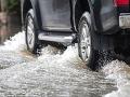 Prívalový dážď zasiahol Žilinský kraj: Vyhlásili tretí stupeň povodňovej aktivity