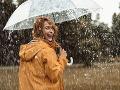 Meteorológovia varujú pred búrkami, v týchto okresoch platí výstraha 2. stupňa