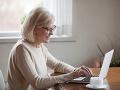 Žena (59) sa kvôli láske zo zoznamky zadlžila v banke: Ostali jej oči pre plač, narazila na podvodníka