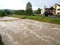 Skaza po prívalových dažďoch v obci Pichne: Na pomoc prišla armáda