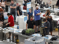 KORONAVÍRUS Guvernéri v USA vydali nové nariadenie: Od niektorých cestujúcich žiadajú samoizoláciu