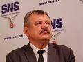 Doterajší výkon Jaroslava Naďa vo funkcii ministra je hlboko pod jeho možnosti, tvrdí Anton Hrnko