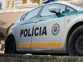 Policajti zasahovali v nočnej Trnave: Mladík sa po meste prechádzal s mačetou