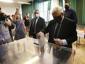 Poliaci chcú dať najavo svoj názor: Účasť voličov na prezidentských voľbách je vysoká