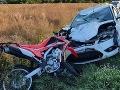 Polícia vyšetruje dopravnú nehodu pri Budmericiach: FOTO Zomrel pri nej motorkár