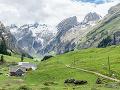 Turistika sa im stala osudnou: Padajúce skaly usmrtili v rakúskej rokline dve ženy