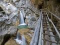 Tragická nehoda v Rakúsku: Turistov zavalili skaly! Treťou obeťou je Slovák (†30)
