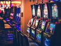 Obce môžu zakázať hazard aj bez potreby petície: Novela dnes nadobudla účinnosť