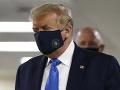 KORONAVÍRUS Neuveriteľné sa stalo skutočnosťou: FOTO Trump prvý raz na verejnosti v rúšku