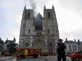 Požiar katedrály v Nantes: Vypočúvajú muža, ktorý mal na starosti kostol zamknúť