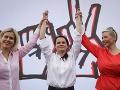 Opozičná kandidátka Cichanovská tvrdí, že voľby sú manipulované