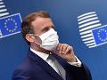 Macron kritizoval libanonských politikov, varoval pred občianskou vojnou